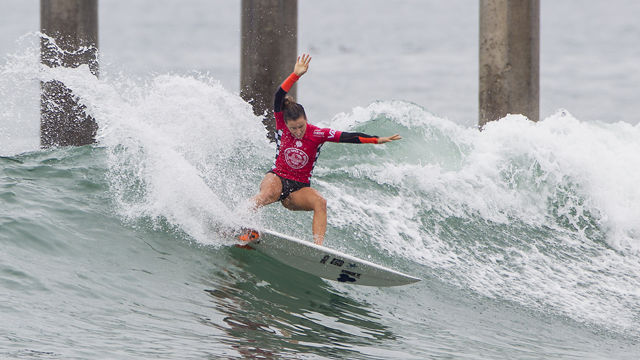 Defay and Ohhara take surprise wins at US Open of Surfing