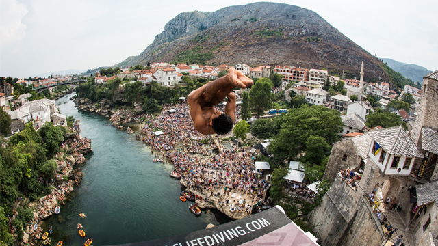 Gary Hunt wins fifth Red Bull Cliff Diving world title