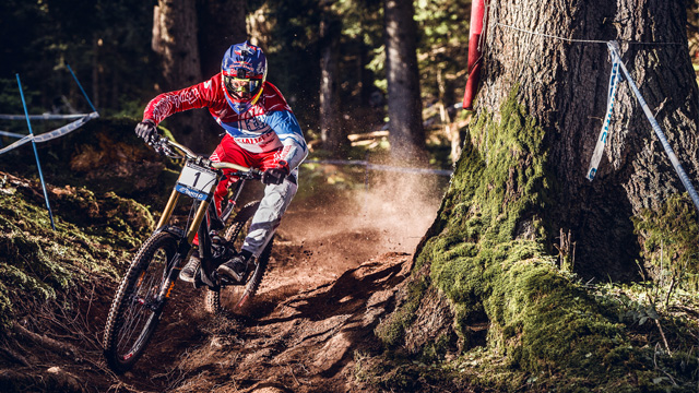 Aaron Gwin wins third Downhill World Cup overall title