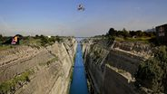 Clearing the Corinth Canal: Robbie Maddison