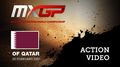 2017 MXGP of Qatar MXGP Race 2 Romain Febvre & Clement Desalle Battle